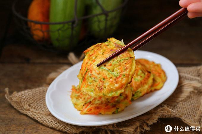 半个角瓜、一个鸡蛋、两勺面粉,十分钟搞定早餐,老公夸我真贤惠