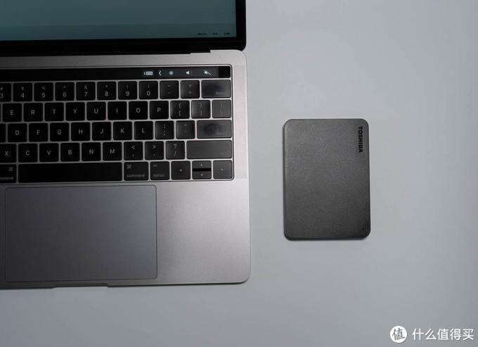 小巧实用 移动硬盘首选东芝A3移动硬盘2T版