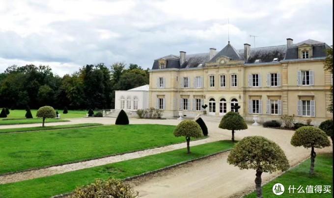 Le ChâteaudesMoyeux