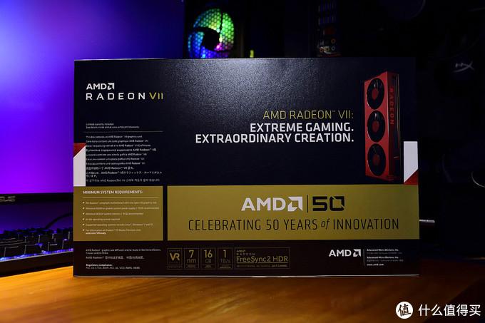 AMD Radeon VII 五十周年纪念版 包装背面