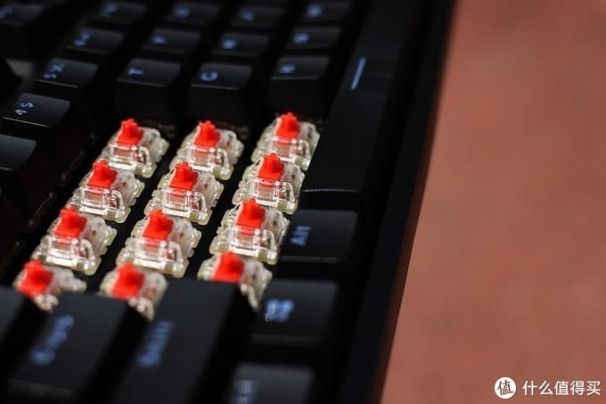 Cherry原厂血统 雷柏V808RGB幻彩背光游戏机械键盘
