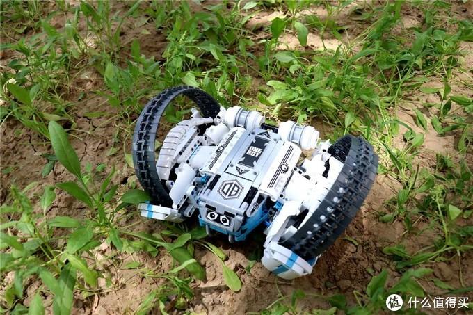 国产自主品牌和小米积木同出名门,它就是ONEBOT反履机甲积木机器人