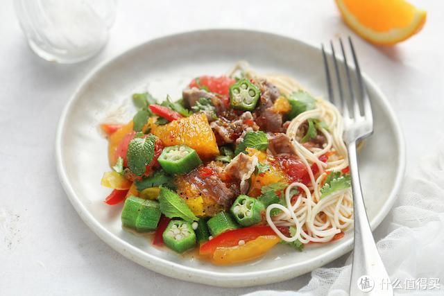 夏日凉面新吃法,营养丰富清爽低卡,今天晚餐就它了!