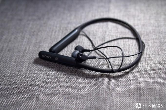 索尼目前性价比最高的颈挂式蓝牙降噪耳塞,SONY WI-C600N