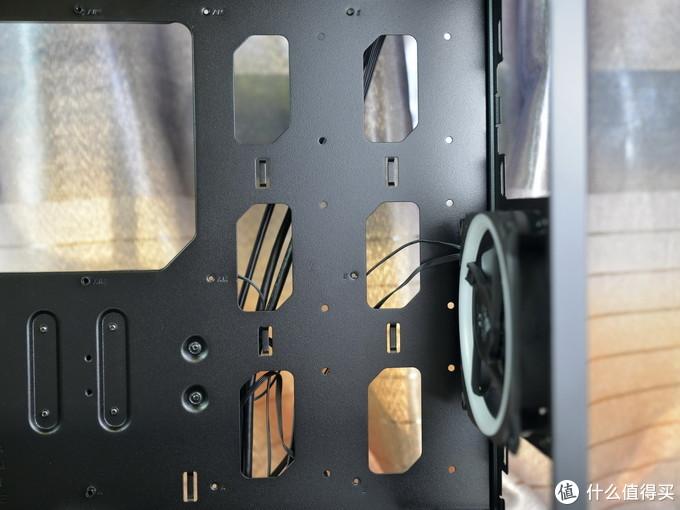 轻松打造酷炫神光同步机箱,安钛克复仇者X机箱体验