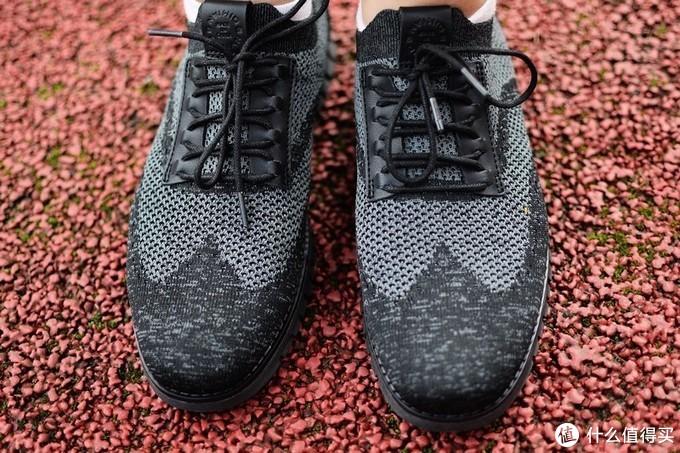 兼具运动舒适.商务气质的七面皮饰清凉软底休闲鞋