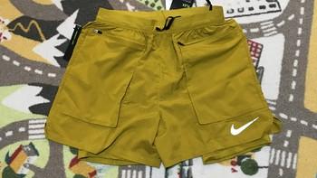 耐克 FLEX STRIDE SHORT ELVT二合一跑步短裤外观展示(口袋|拉链|抽绳|暗袋|面料)