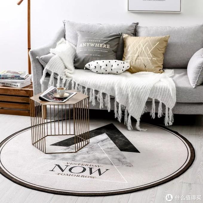 选对地毯尺寸,打造舒适的家