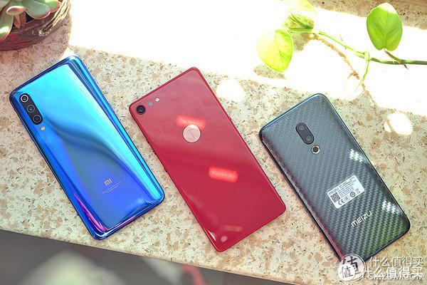 鉴赏团精选辑5:除了iPhone,还有一加、米9、华为P20、iQOO可以选择 | 总结各类手机评测