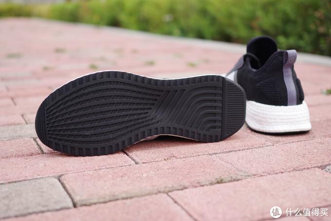 父亲节送上一双舒适的鞋,也许是个不错的选择