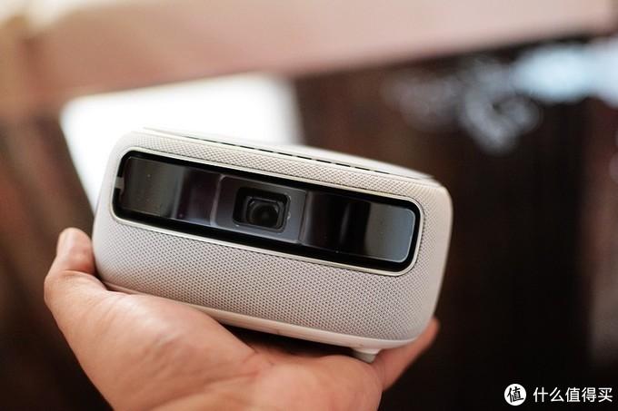 坚果新品微果H6 家用微型投影机 体验