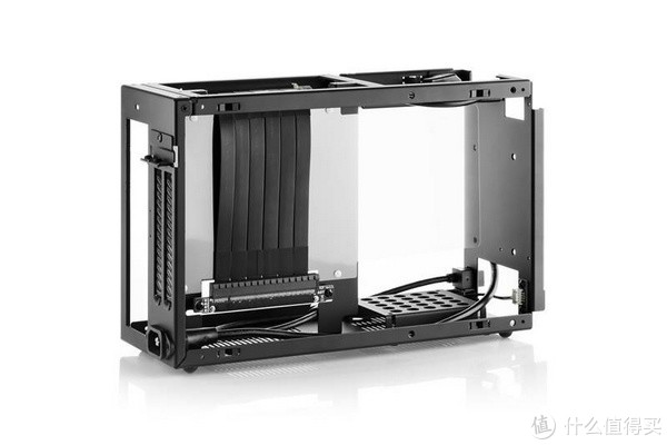 """榨干每一寸空间:DAN Case A4-SFX v4 迷你 """"小金刚"""" 机箱登场"""