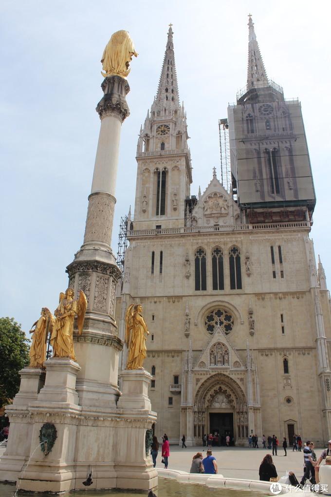 另一个地标建筑:圣母升天大教堂