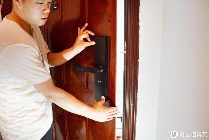 现在出门还在带钥匙?你真的OUT了