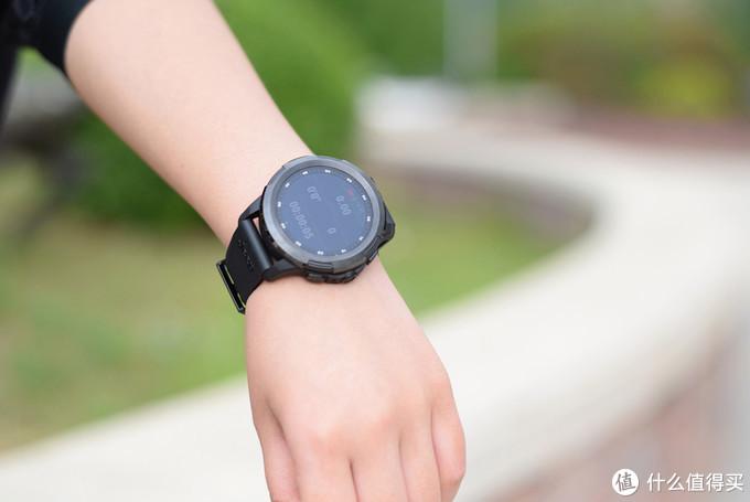 小米有品推出首款4G网络手表,功能强大,竟然还送车模