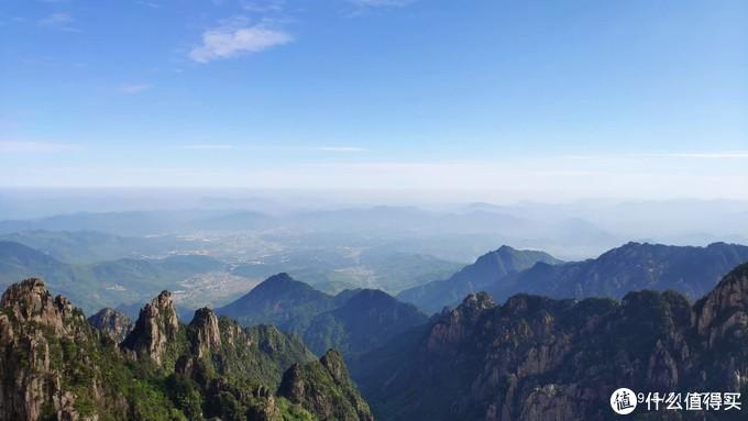 卧云峰观景台上景色