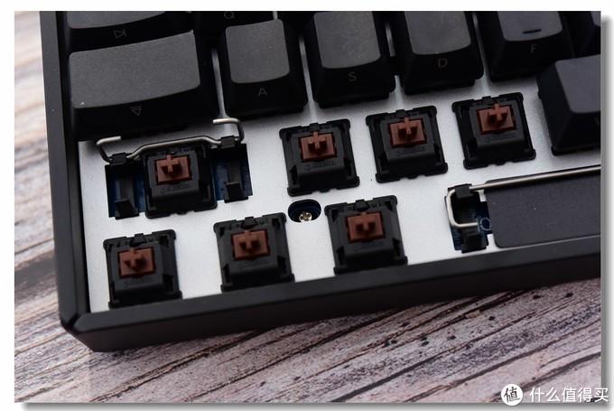 大妈首拆!逼格满满!—iQunix F96侧刻键盘之初体验