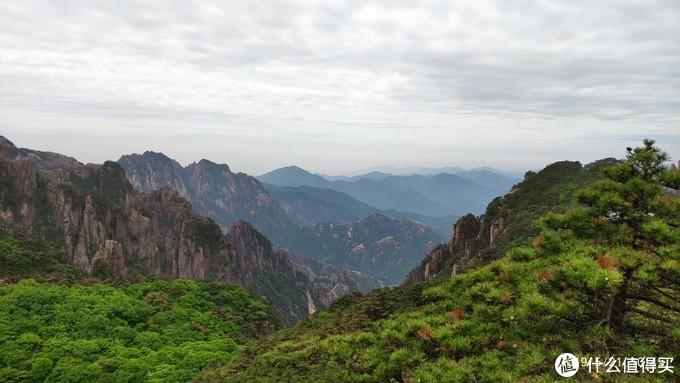 丹霞峰观景台一景