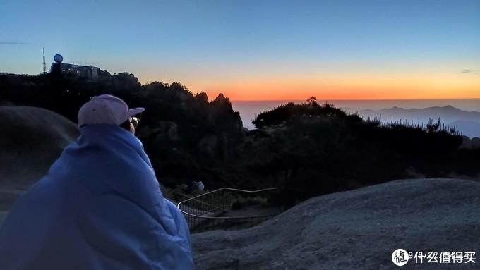 04:44 山上的早晚是过冬天