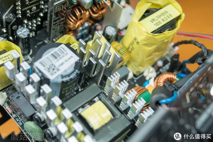 打开外壳,这款电源的内部同样优秀!安钛克HCG-X850高端金牌全模组电源 拆解评测