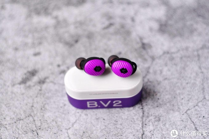 少年,难道这里没有你喜欢的颜色,锦瑟香也BV2真无线耳机晒单体验。