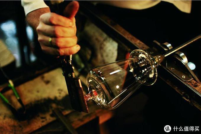 极致纤薄!顶级酒杯里的性价比之选:Zalto 奥地利水晶葡萄酒杯系列