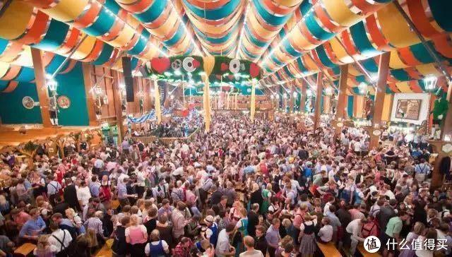 一天喝掉700万升啤酒,啤酒爱好者的狂欢节,飞到慕尼黑喝个痛快!