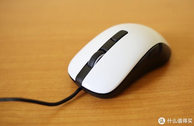 经典再现的赛睿RIVAL 106电竞游戏鼠标体验