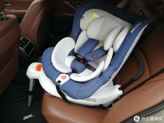 安全+舒适的亲子旅程必备篇一:盘点我准备的那些车内大件物品