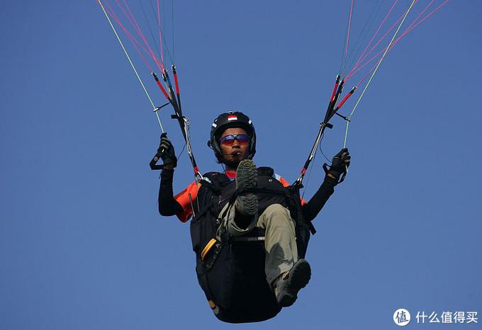哎呦,巴厘岛的滑翔伞啥时候火起来的,趁着暑假定要疯玩一次