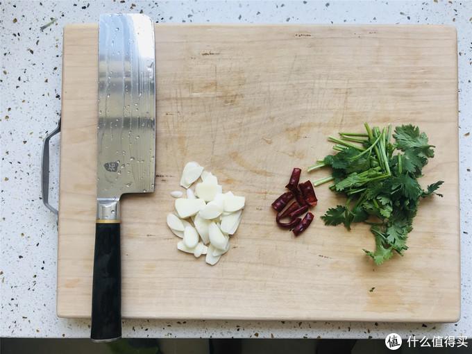 79元的国产炒锅能否一战? 美的氮化铁炒锅使用评测。