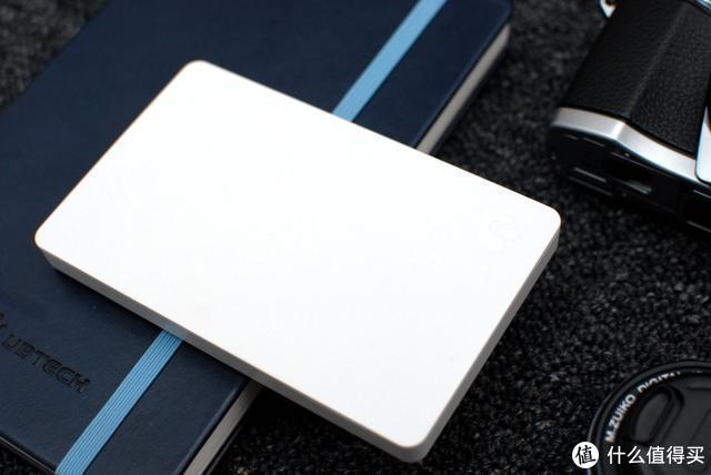 备份数据还有这么多姿势?这款智能移动硬盘真会玩!网友说很实用