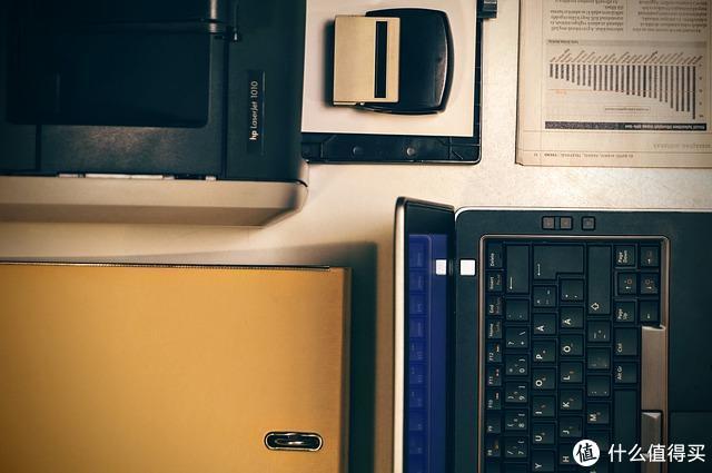 电脑太卡分分钟想彻底清理C盘,但是你怎么怎么删除吗?