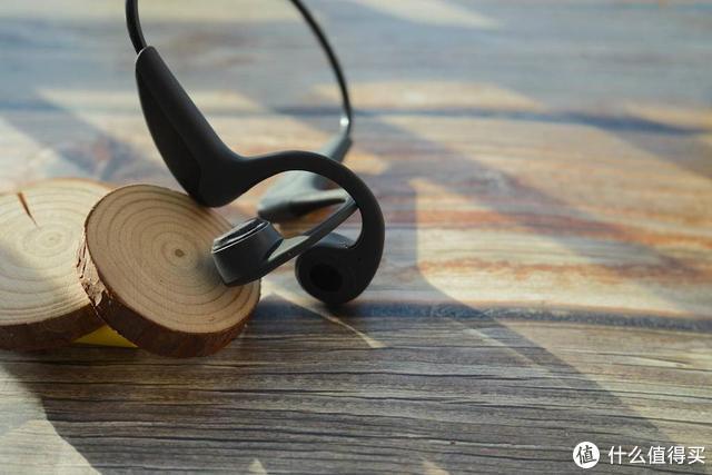 带耳机耳朵胀?来吧,这有一个骨传导分分钟解决你问题