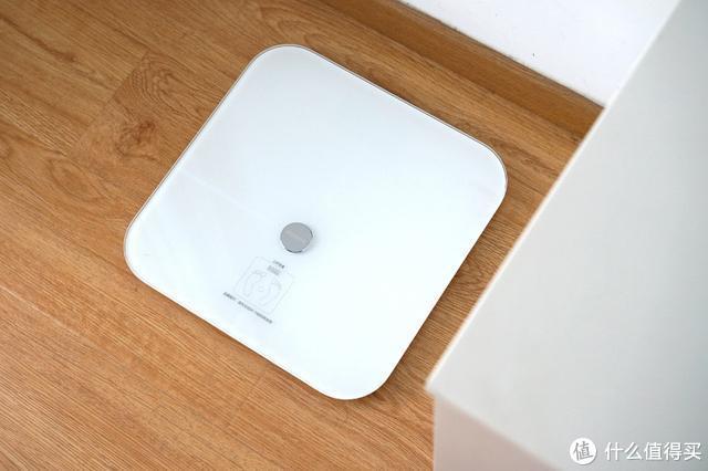 荣耀智能体脂秤WiFi版体验:你的17项身体指标了解一下