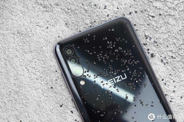 上手体验魅族16 Xs:6+128GB顶配版,脱胎换骨的千元手机