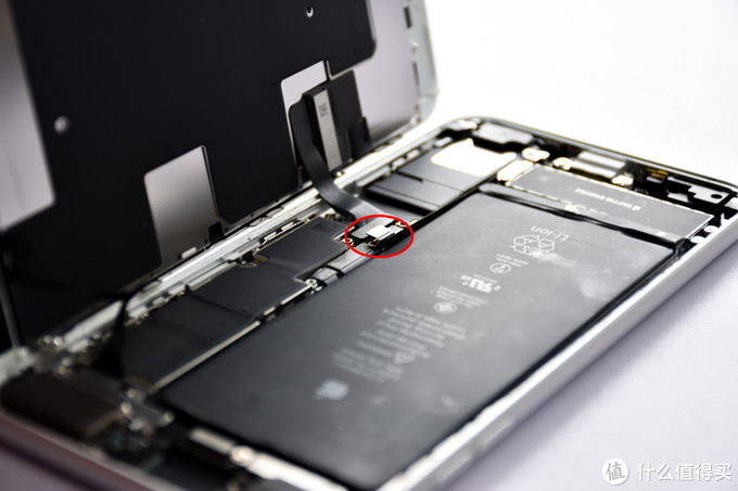 给练习一年半的iPhone 8Plus换块电池
