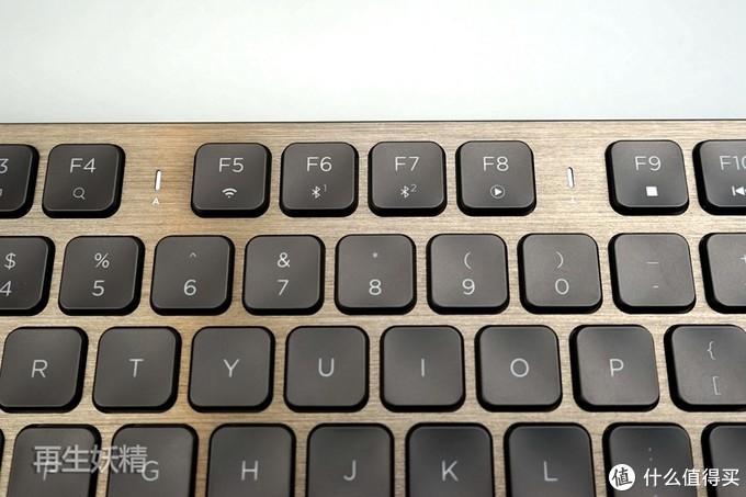 客厅电视、HTPC绝配,美商海盗船 K83 有线 无线 蓝牙 三模键盘