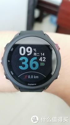慢跑装备怎么选?一定不能错过这款跑步手表