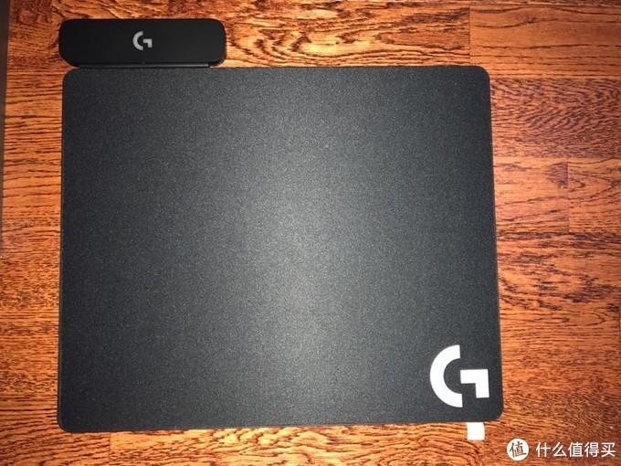 来自罗技的powerplay无线鼠标垫开箱,让你不再受电池的干扰