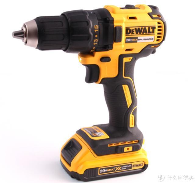得伟电动工具,满足你的DIY需求
