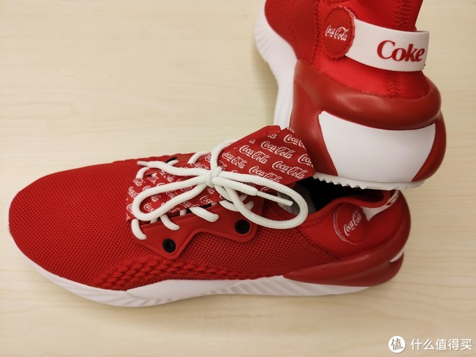 老板来双冰阔落----安踏可口可乐联名不羁休闲运动鞋开箱