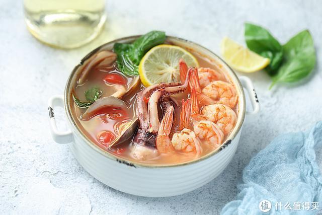 10分钟就能做好的美味鲜汤,酸辣清爽又开胃,每次煮一锅都吃光