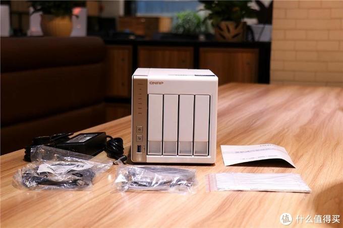 品质完美的WD RED HDD红盘,力助威联通TS-428打造稳定的存储体验!