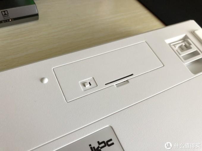 ikbc W200 2.4G无线 87键 机械键盘上手盘
