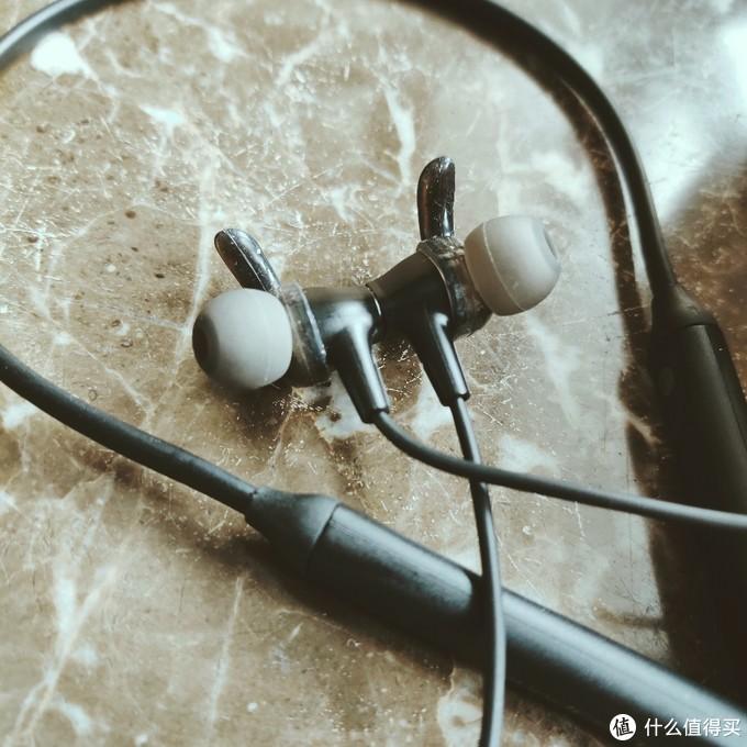 日亚蓝牙耳机销冠Soundpeats Engine开箱简评