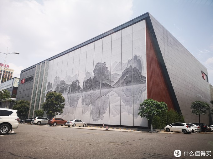 佛山华夏陶瓷城其中一个展厅