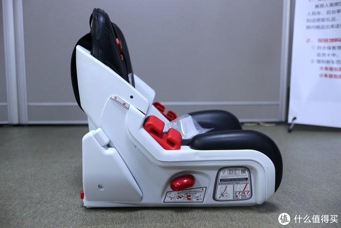 给宝宝头等舱级的享受 70迈儿童安全座椅体验