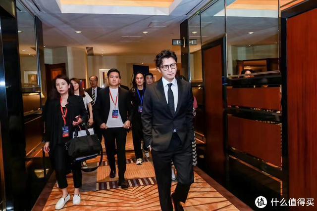 谢霆锋:小米是我们中国自豪的一个品牌 真的要珍惜
