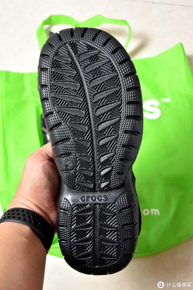 一双板正的凉鞋-Crocs卡骆驰 男士沙滩凉鞋 203967 开箱简评